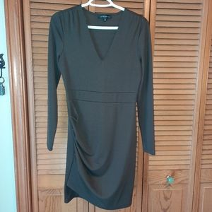 ⭐ 3/25$ Dynamite Dark Green long sleeve dress